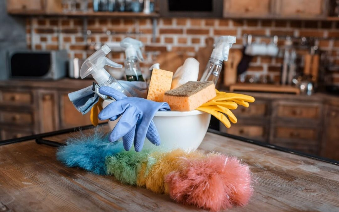The Benefits of Homemade Cleaning Supplies