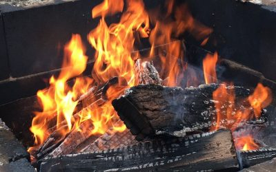3 Fire Pit Safety Tips for Homeowners